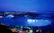 Niagara Falls v noci