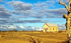 Opuštěný kostel v západní Austrálii